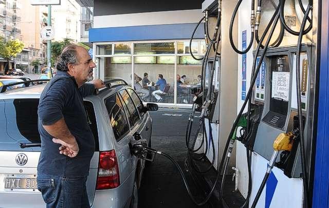 La mayoría de los precios del combustible subirán a partir de este jueves.