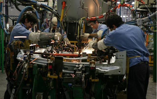 Los mecánicos nucleados en el gremio superó el aumento del 27%.