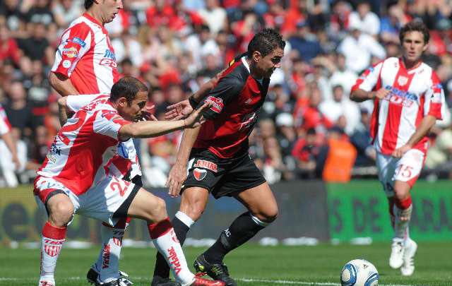 El Bichi Fuertes anunció su retiro del fútbol