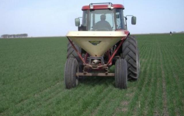 Los productores agropecuarios cordobeses, disgustados con el aumento del impuesto.