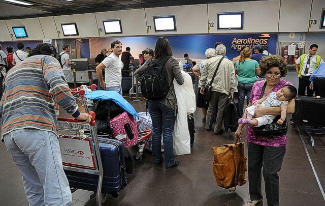 Los aumentos en las tarifas de Aerolíneas van del 10% al 30%.