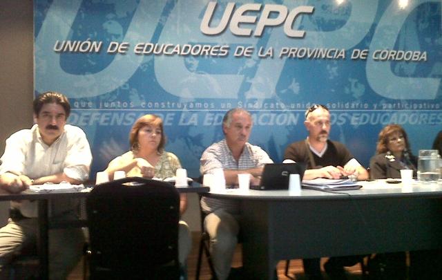 La Uepc quiere que el básico pase de 6 mil a 9 mil pesos (Foto: archivo).