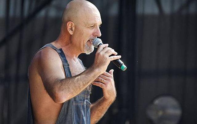 El cantante reconoció que siente vergüenza por lo que dijo.