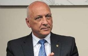Bonfatti revocó por un decreto la conmutación a penas.