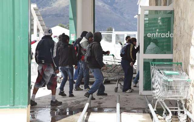 """Imágenes de los """"Saqueos"""" de Bariloche"""