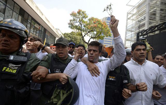 Hay preocupación en la oposición venezolana por la salud de Leopoldo López.