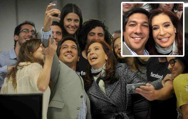 FOTO: La Presidenta y el jefe de Gobierno se sumaron a la moda de las <i>selfies</i>.