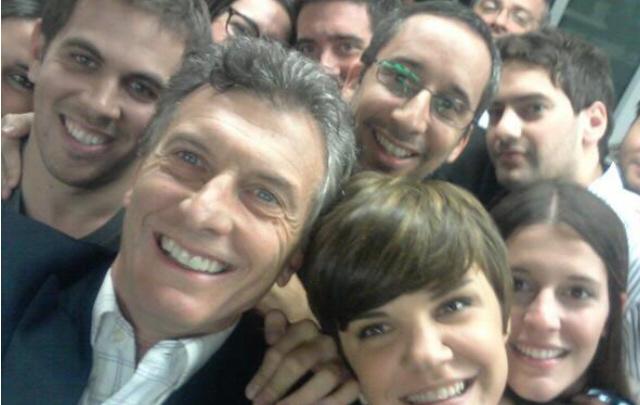 FOTO: La Presidenta se sumó a la moda de las <i>selfies</i>.