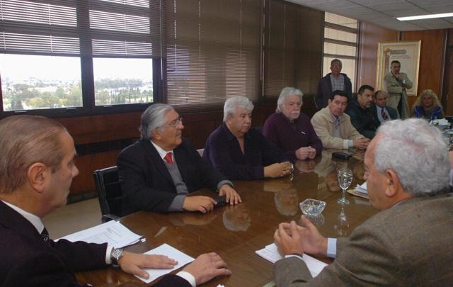 AUDIO: Los gremialistas salieron conformes de la reunión (Informe de Celeste Benecchi)