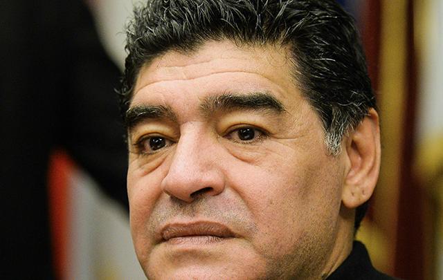 El ''diez'' le apuntó al ex presidente de la AFA.