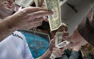 Segundo día de suba consecutiva del dólar paralelo.
