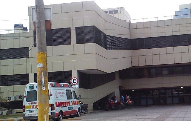 El pequeño está fuera de peligro en el Hospital Infantil.