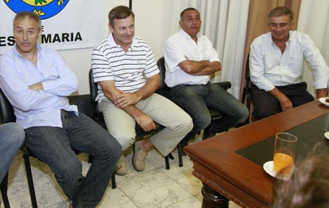 Javier Pretto junto a Baldassi, Juez y Aguad.