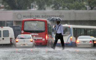 Intensas precipitaciones se registran sobre la ciudad de Buenos Aires (Foto: Archivo)