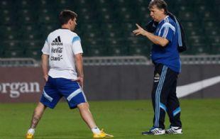 Martino admitió que lo frustraría mucho perder a Messi.