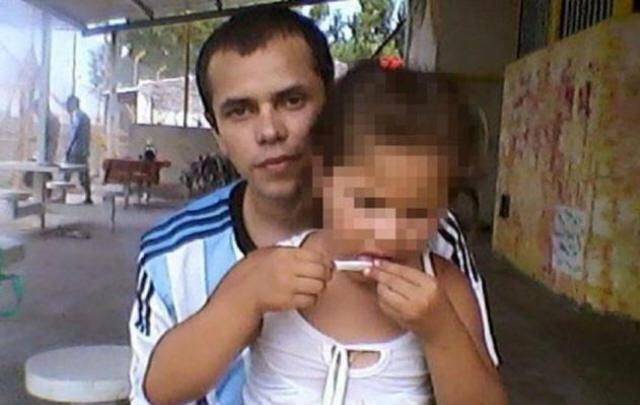 Un preso publicó en Facebook una foto de su hija que indigna.