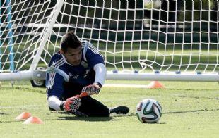 Sergio Romero, arquero de la Selección, es la prioridad de Boca.