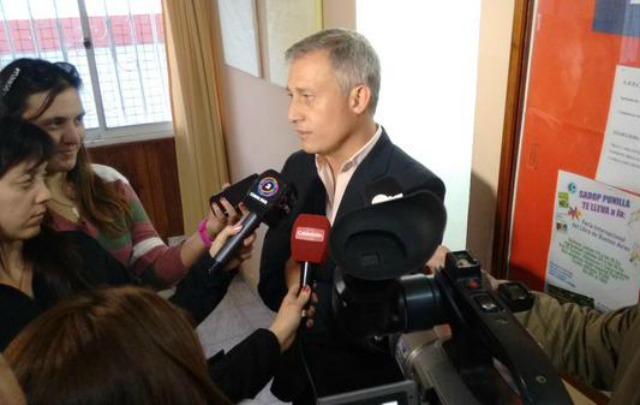 Avilés decretó que el servicio de agua pase al Municipio el 14 de octubre.