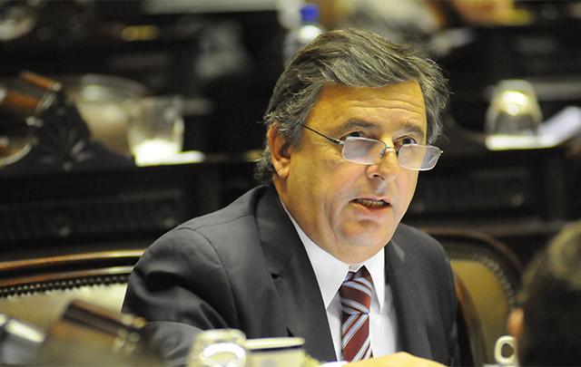 """Negri tildó de """"absoluta justicia"""" el proyecto de los jubilados."""