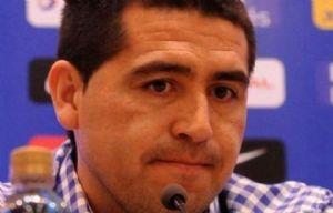 """Monti con Daniel Saldaño de QV4 cantan """"Arruga, Pimienta y Sal""""."""