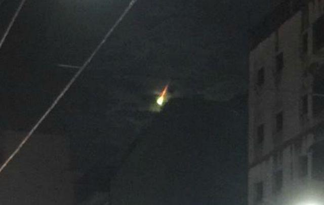 Una luz en el cielo causó inquietud en el centro del país (Foto: @serferraro).