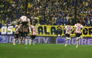 El equipo santafesino logró una histórica victoria en La Ribera.