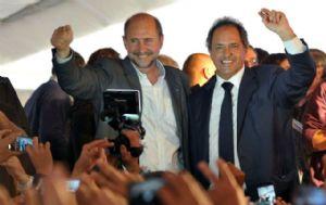 Scioli, Zannini y Perotti, en Sauce Viejo.