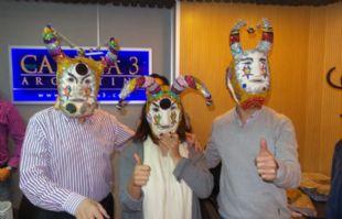 Mario, Geo y el Turco con las máscaras.