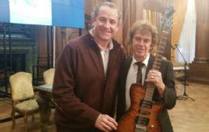 El periodista de Cadena 3, Cristian Moreschi, junto a Raúl Porchetto.