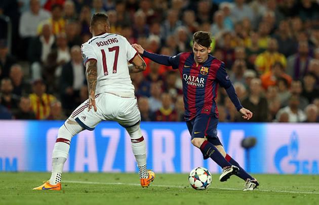Messi baila a Boateng