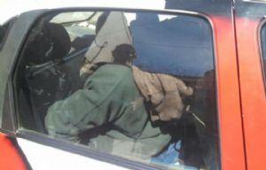 El novio al ser trasladado al penal de Bouwer (Foto: El Diario de Carlos Paz)