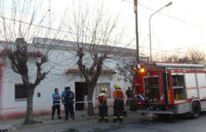 Bomberos apagaron el incendio en la casa de Cortés (www.resumendelaregion.com)
