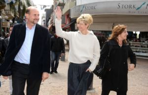 Karina Rabolini estuvo acompañada por Omar Perotti.
