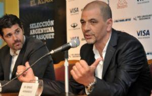 Hernández es el técnico de la selección argentina de básquet.