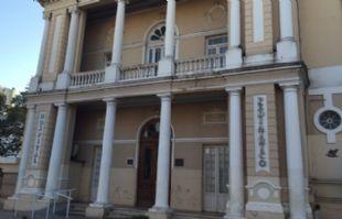 El pequeño fue trasladado del Hospital Infantil a la Casa Cuna.