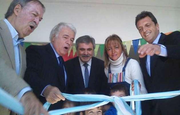 De la Sota inauguró la escuela número 500 en Sinsacate junto a Massa.
