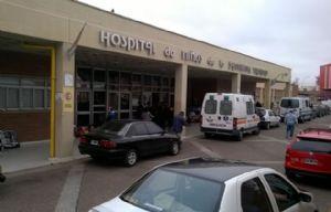 La menor continúa internada en el Hospital de Niños.