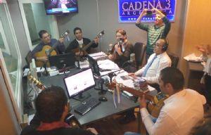 Los Trovadores de Cuyo trajeron el folclore a los estudios de Cadena 3.