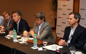 Macri presentó a sus colaboradores en temas de economía.