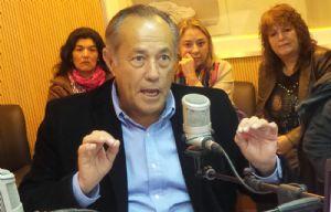 Adolfo Rodríguez Saá convoca a médicos de todo el país para trabajar en San Luis.