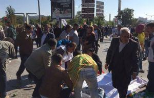 Un doble atentado en Turquía dejó un saldo de 30 muertos.