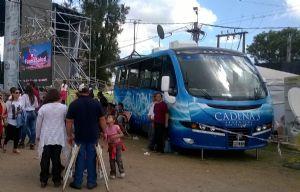 La unidad móvil de Cadena 3 en la Sociedad Rural de Morteros.