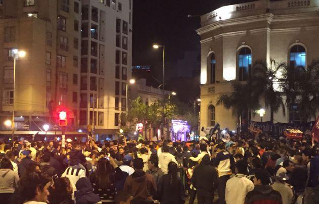 Una multitud celebró los 102 años de Talleres en el Patio Olmos.