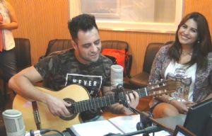 Lisandro Márquez y Paola Arias cantaron ''Mi luna cautiva'' en Juntos.