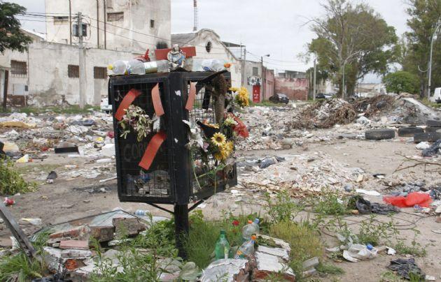 Una plazoleta abandonada en barrio Maldonado donde la impera la desidia.