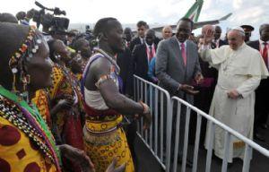 El Papa inició en Kenia su gira por África.