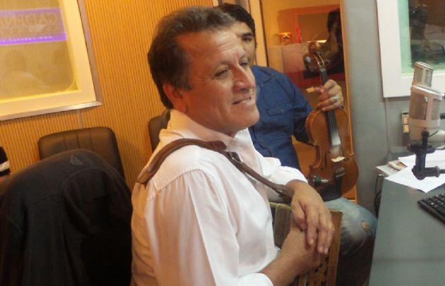 ''Coco'' Gómez visitó los estudios de Cadena 3.
