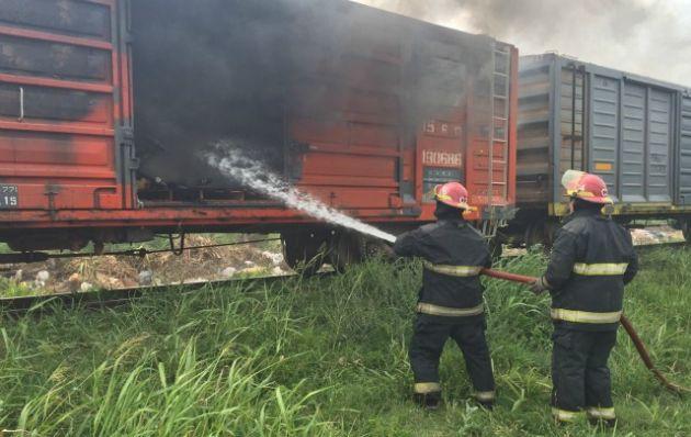 Se incendió un vagón del Belgrano Cargas en Córdoba.