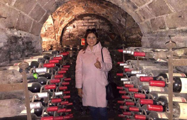 En la bodega hay vinos de hasta 200 años de antigüedad.