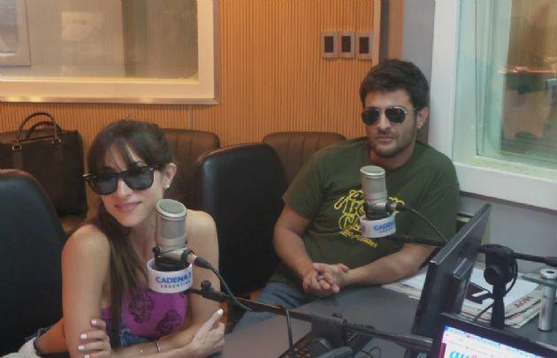 Magui Bravi y Pablo Rago en su visita a Juntos.